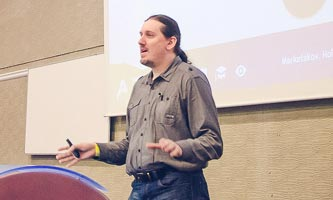 Pavel Ungr přednáší o SEO